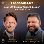 Gemeinsam mit Moderator Rudi Cerne diskutiert Harald Schmidt mit den Zuschauern von Aktenzeichen XY im Facebook Live